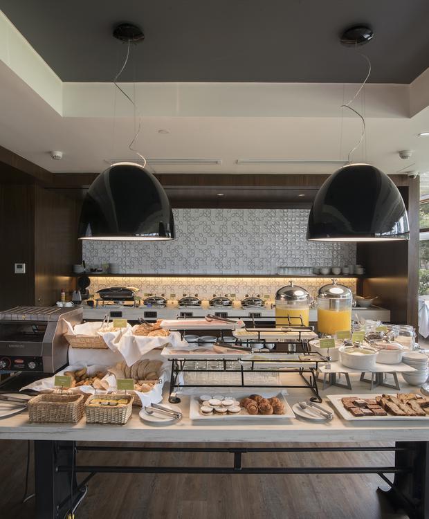 Desayuno Sonesta Hotel El Olivar Lima