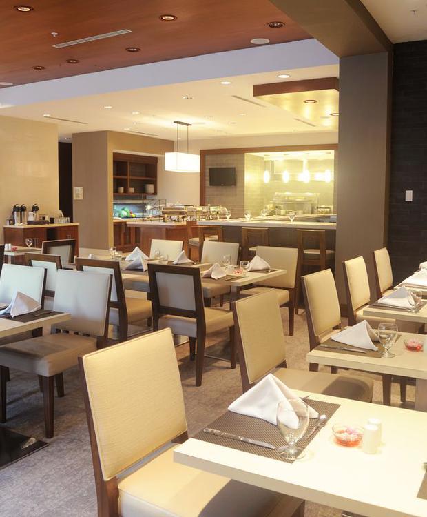 Restaurante Hotel Hilton Garden Inn Panamá Ciudad de Panamá