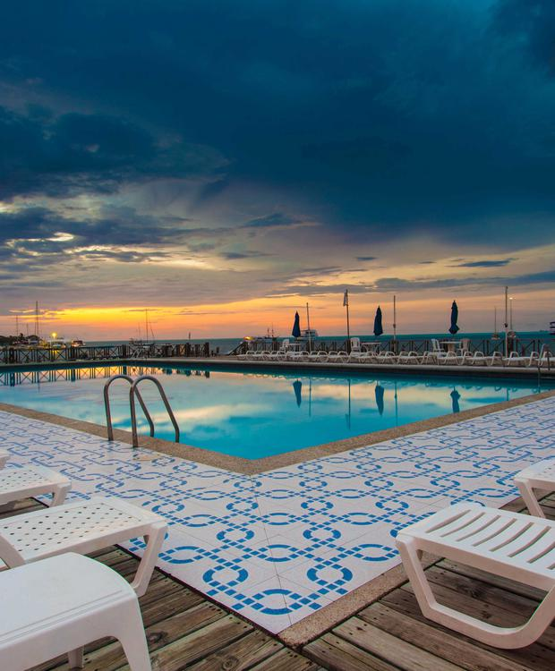 Piscina Hotel GHL Relax Sunrise
