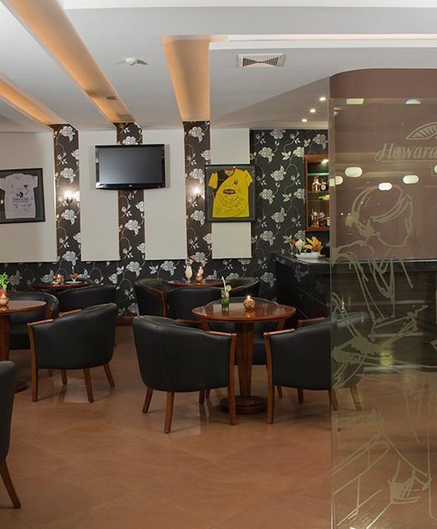 Lobby Bar Hotel Howard Johnson Loja Loja