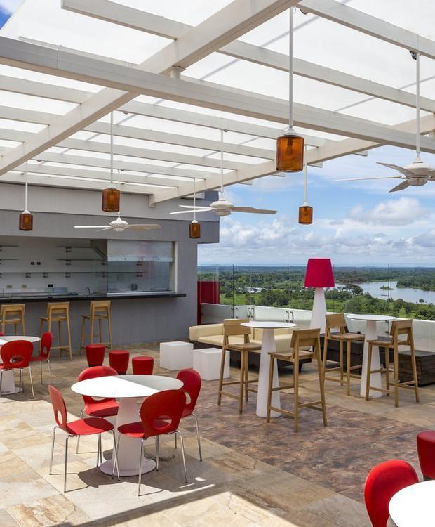 Terraza Lounge Bar Hotel Park Inn By Radisson Barrancabermeja Barrancabermeja