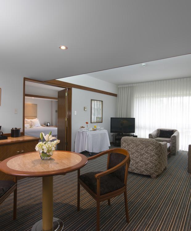 Suite Sonesta Hotel El Olivar Lima