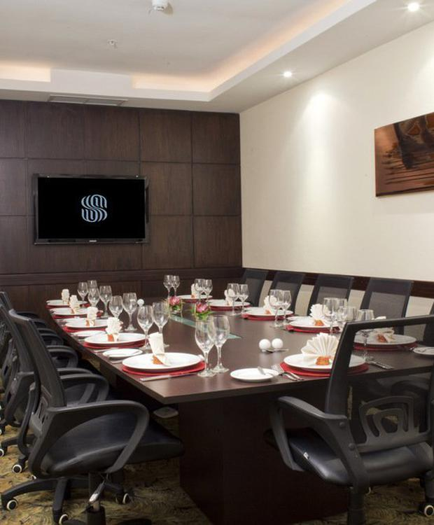 Sala ejecutiva Sonesta Hotel Guayaquil Guayaquil