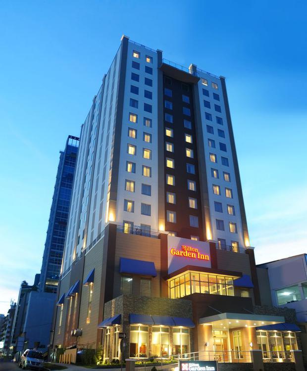 Fachada Hotel Hilton Garden Inn Panamá Ciudad de Panamá