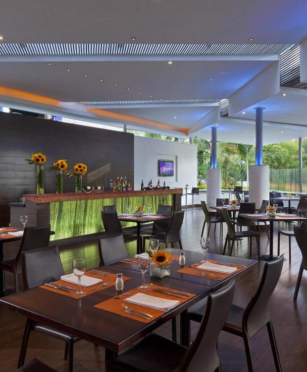 Restaurante Cooks Hotel Four Points By Sheraton Medellín Medellín