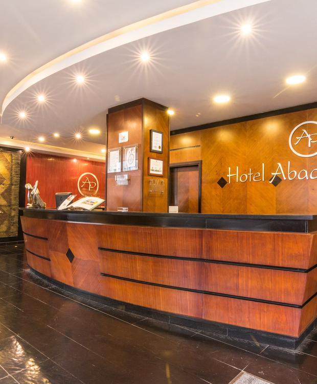 Lobby Hotel GHL Abadía Plaza Pereira