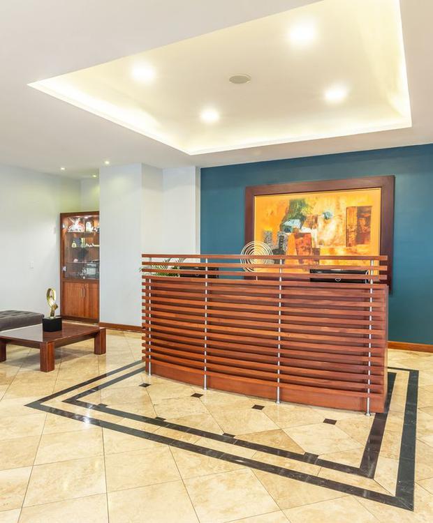 Recepción Sonesta Hotel Loja Loja