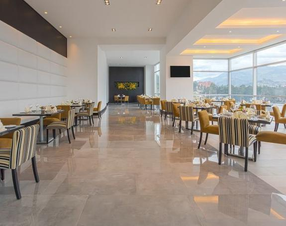 RESTAURANTE COOK´S Hotel Four Points by Sheraton Cuenca Cuenca