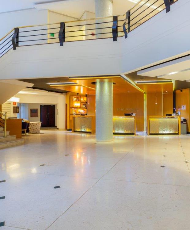 Recepción y Lobby Hotel Four Points By Sheraton Medellín Medellín