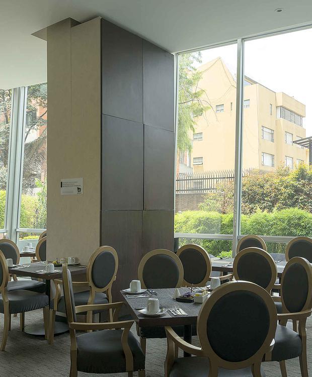 Mesa Hotel GHL Collection 93 Bogotá
