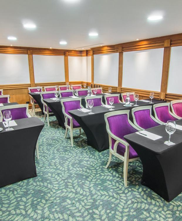 Salón Browns GHL Hotel Hamilton Hotel GHL Collection Hamilton Bogotá