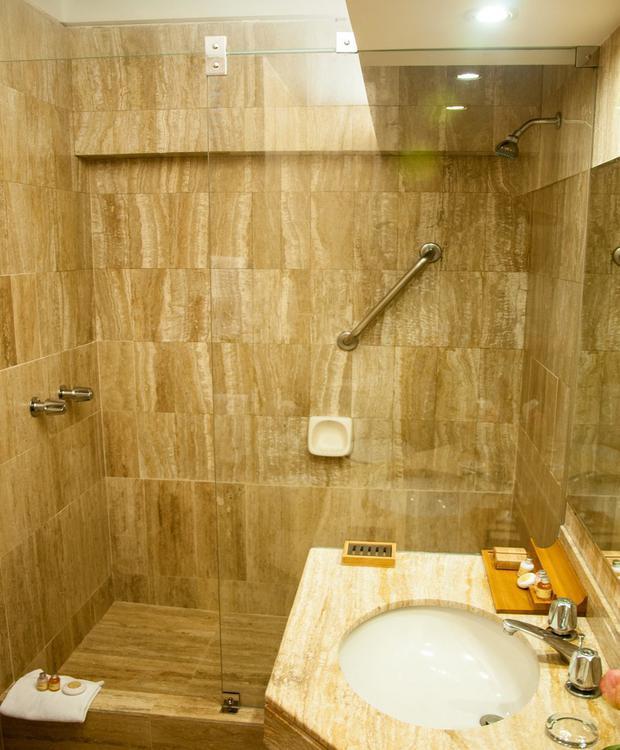 Baño Sonesta Hotel Posadas Del Inca Miraflores Lima