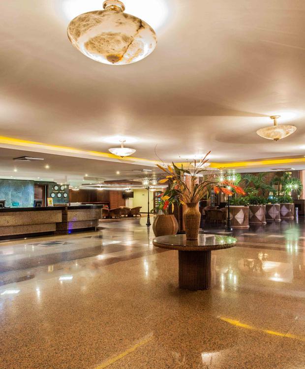 Lobby Hotel GHL Relax Sunrise