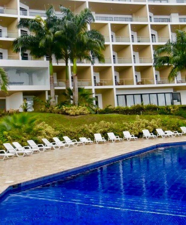 Piscina exterior GHL Relax Hotel Makana Resort Tonsupa