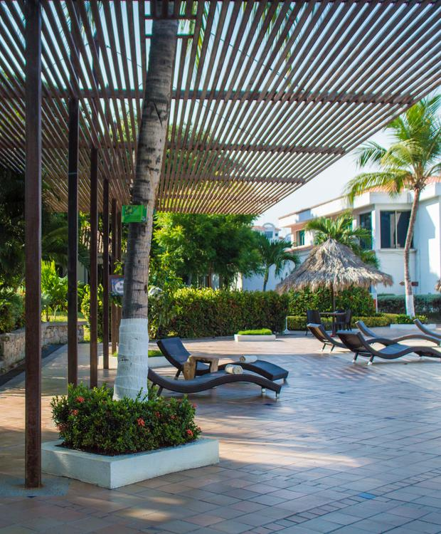 Zona Piscina GHL Hotel Relax Costa Azul Santa Marta