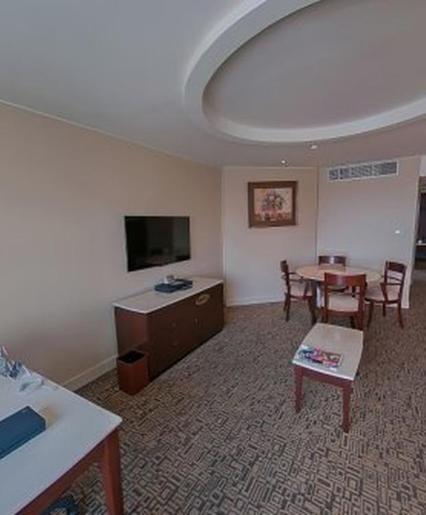17 Sheraton Guayaquil Hotel Guayaquil