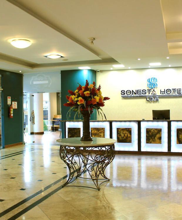 Lobby Sonesta Hotel Loja Loja