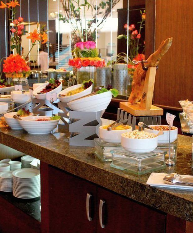Buffet Sonesta Hotel Guayaquil Guayaquil