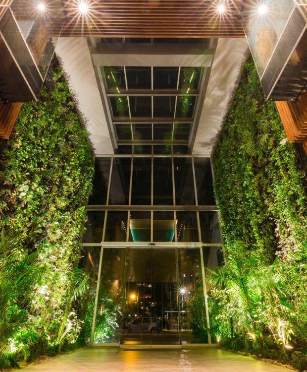 Salida al Jardín Bioxury Hotel Bogotá
